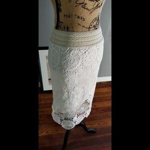 beautiful Blvd cream crochet midi skirt size small